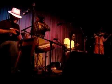 Carolina Chocolate Drops -- Instrumental (not sure what song