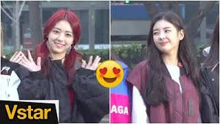 """""""유나야 리아야❤︎"""" 있지(ITZY) 미소짓게 해주는 팬들(20190301 뮤직뱅크 출근길)"""