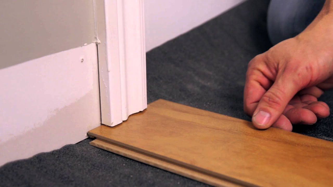 Rona how to install a floating floor youtube for Parquet flottant pour salle de bain