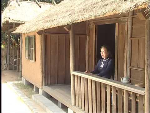 Mẹ của Anh (Your Mama) - Xuân Quỳnh, Minh Ngọc (cô gái sông Lam xưa) thể hiện