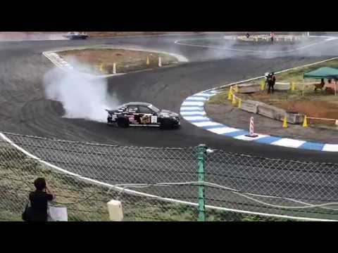 D1 Driver Naoto Suenaga taking is first Valino test runs