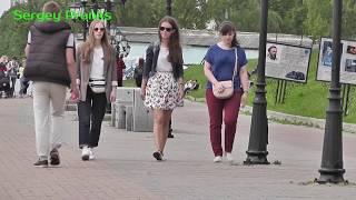 ПЛЕСНУЛ ВОДЫ В ЛИЦО ПРОХОЖИМ / ПРАНК / РЕАКЦИЯ ЛЮДЕЙ