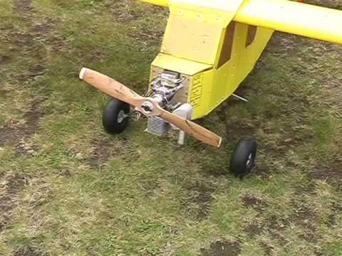Giant coroplast/coreflute Piper Cub RC Plane