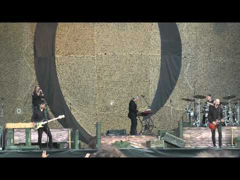 A Perfect Circle  Into, Imagine, Weak and Powerless @ Lollapalooza 2011  1080p