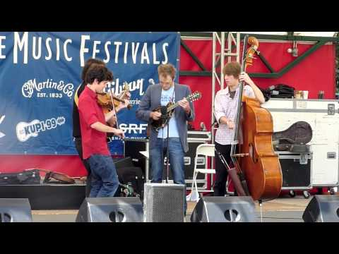 Mike Marshall's Big Trio with Chris Thile - Gator Strut