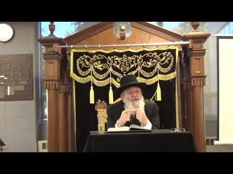 HaRav Reuven Feinstein Speaking at Fasman Yeshiva High School (Skokie Yeshiva)