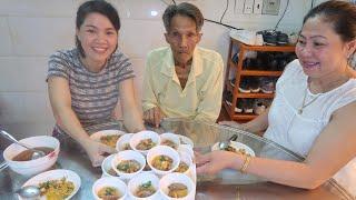 Vlog ăn vặt 41 ll Ngân Làm Bánh Bèo Chén - Lần Đầu Bảo Tham Gia