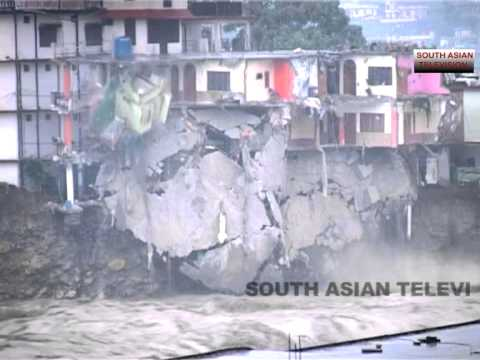 Uttarajhand flood - Buildings collapse like pack of cards