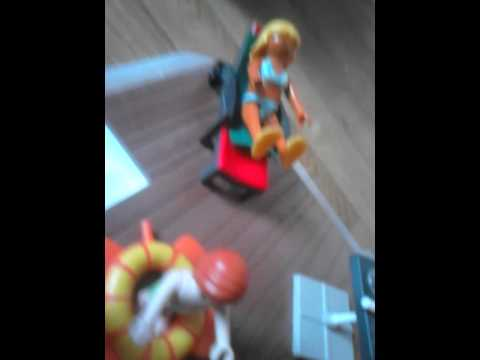 Pr sentation de la maison moderne playmobil youtube for Maison moderne playmobil