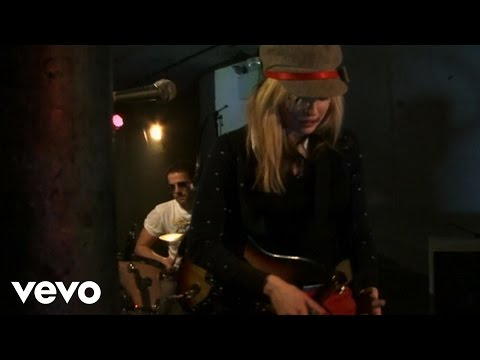 The Ting Tings - Shut Up And Let Me Go (Live)