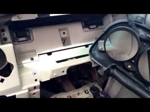 Chrysler PT Cruiser Gauge Cluster Removal