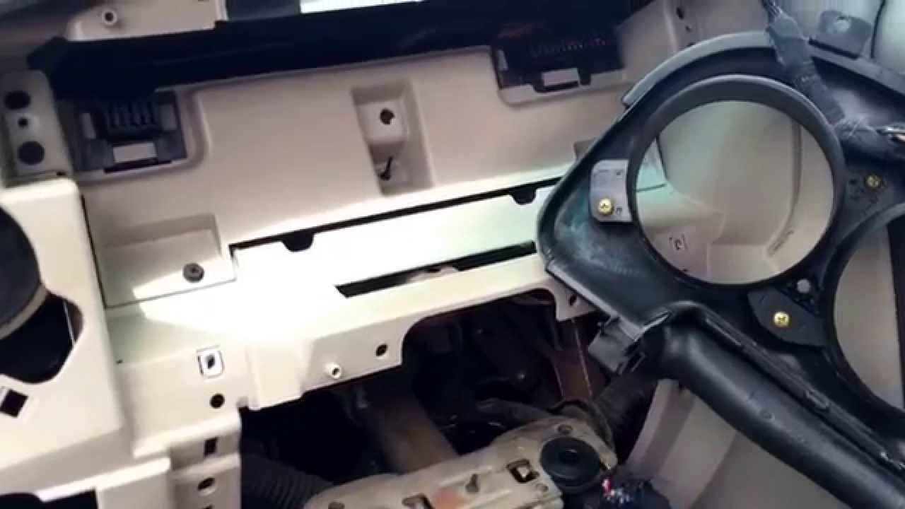 Chrysler Pt Cruiser Gauge Cluster Removal