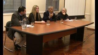 Repeat youtube video Charla debate por 57º aniversario de Bombardeos a la Plaza de Mayo