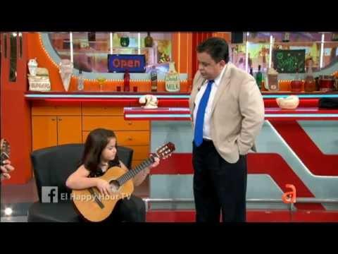 La hija de Carlucho nos sorprende con sus habilidades en la guitarra - América TeVé