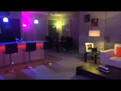 philips hue apartment light show youtube. Black Bedroom Furniture Sets. Home Design Ideas