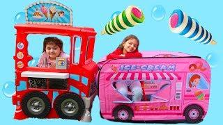 İKİ DONDURMACI ARASINDA BÜYÜK REKABET VE KOMİK ANLAR - Kids Pretend Play with Sweets Food Truck