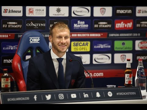 La conferenza stampa di presentazione di Ragnar Klavan