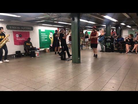 Union Square New York Metro entertainment