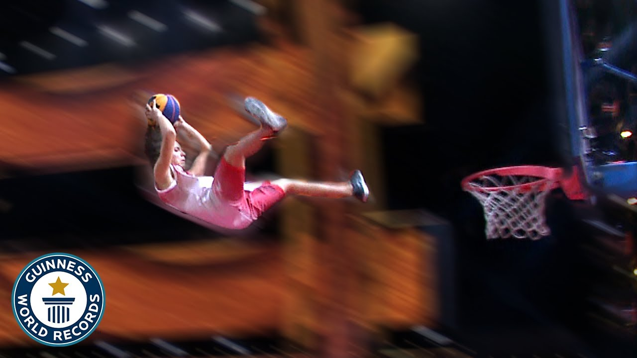 Longest dunk from a trampoline contest - Guinness World Records
