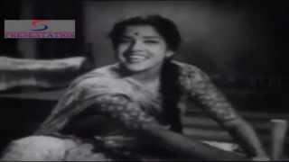 Kaun Rang Mungwa - Sudha Malhotra, Suman Kalyanpur - HEERA MOTI - Balraj Sahni, Nirupa Roy