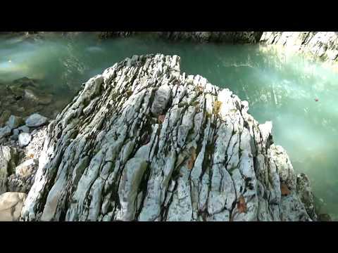 Сочи Бесплатный целебный сероводородный источник на реке Агура