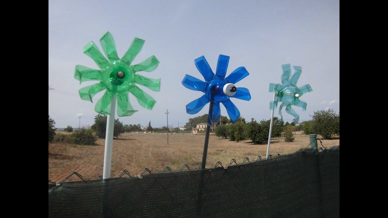 Molinillo de viento reciclando botella de agua youtube for Como hacer molinos de viento para el jardin