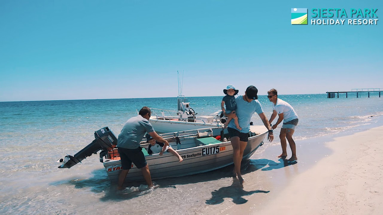 Siesta Park Holiday Resort – Absolute beachfront holiday