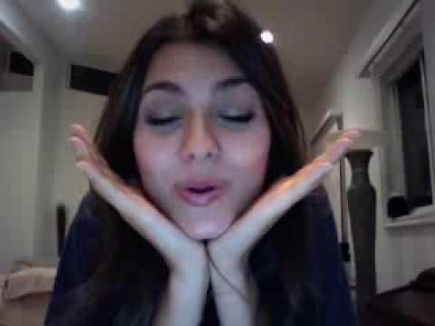 Victoria Justice LIVE CHAT (Q+A & No Kiss List Chat)  Part 2