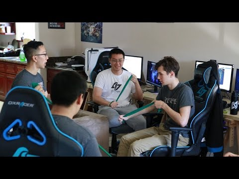 Meet The Doctors Keeping Esports Pros Healthy