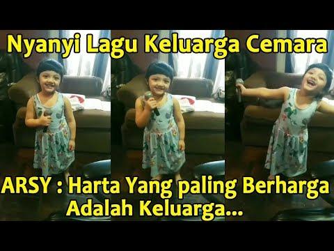 ARSY Nyanyi Lagu Keluarga Cemara Lucu Banget !
