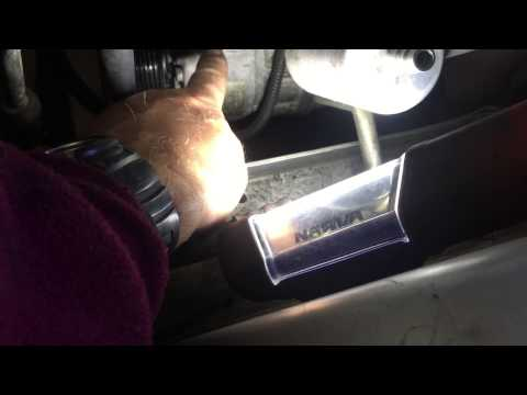How to replace air conditioner clutch coil on Commodore VZ 2006 V6