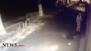 Տեսախցիկը ֆիքսել է՝ ինչպես են Վանաձորում պոկում «Ելքի» պաստառը
