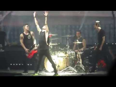 All Time Low At Wembley - Dear Maria, Count me in