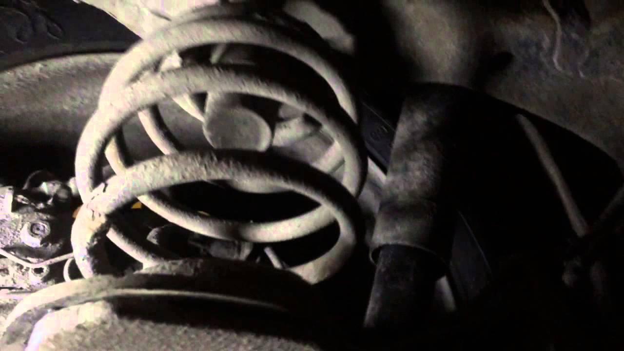 toyota rav4 2002 скрип в подвеска сзади