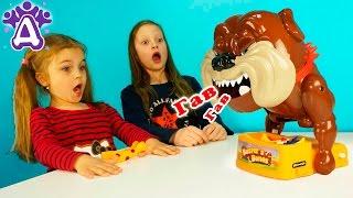 Собака Бастер и его косточки Игры для детей Распаковка Don't Take Buster's Bones Розыгрыш собаки.