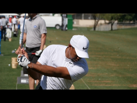 FIRST LOOK - Tiger Woods on the range at Dubai Desert Classic