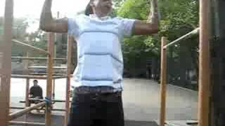 Slumlord the Ruler and Melo battle for Pull up bar dominance