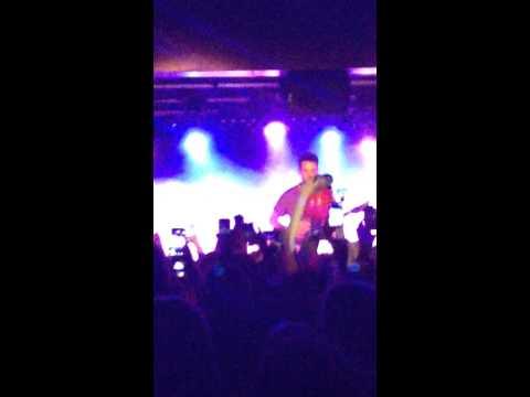 Jacob Whitesides ~ Don't - Ed Sheeran Cover (23/05/2015 @Antwerp)