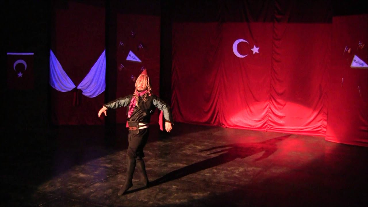 Турецкий мужской танец в юбках