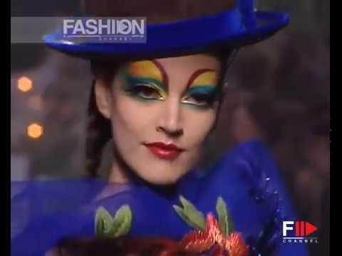 CHRISTIAN DIOR Autumn Winter 2005 2006 Paris Haute Couture - Fashion Channel