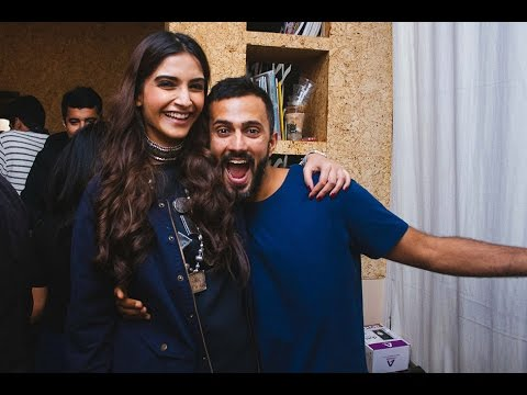 Sonam & Anand's PDA On Social Media | Bollywood News Mp3