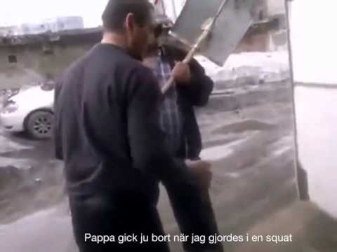 Fulla ryssar slåss (översatt)