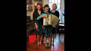 Watch Puppini Sisters O Holy Night video
