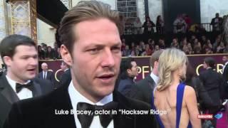 Emma Stone arrives the Oscars - Luke Bracey,  Ezra Edelman, Lin-Manuel Miranda, Ian Cunning