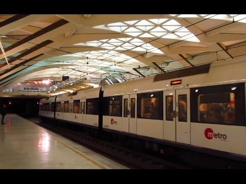 Metro de Valencia, trenes y estaciones.