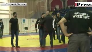 Чеченский спортсмен устроил драку на ЧР