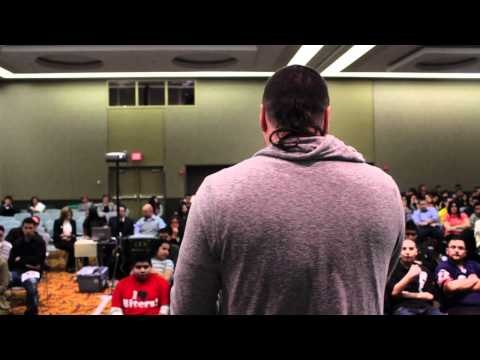 Hispanic Motivational Speaker for Hispanic/Latino College Students – Hispanic Heritage Month Speaker
