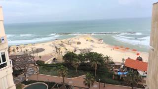 Израиль -- Нетания -- Вид на пляж из отеля  RESIDENCE(Домашнее видео -- День 4-ый -- 15 мая 2013 г. Израиль -- Нетания -- Вид на пляж из отеля RESIDENCE - 2013.05.15 wed -0003 ישראל  ..., 2013-06-08T19:47:12.000Z)