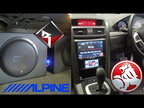 Holden VE Commodore Part Stereo & Dash Removal + Dual 12