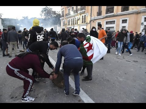 أحزاب الجزائر تحذر من الإرهاب والأجندات  - نشر قبل 5 ساعة